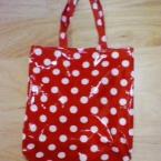ラミネートでバッグ ♪ 赤色みずたま。