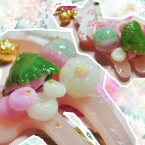 ・ω・春の和菓子のせストラップ。