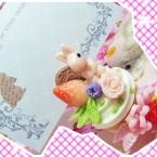 ・ω・うさちゃんが住むカップケーキのメモスタンド