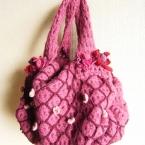 フェルトかぎ針編みのバッグ