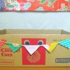 ダンボールで作るガーランドのおもちゃ箱