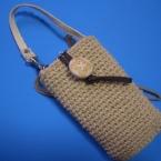 細編みの携帯電話ケース