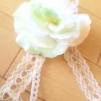 簡単造花のコサージュ