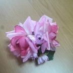 お花のコサージュ