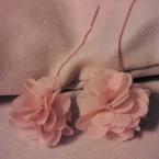 №085 まんまるお花のピアス