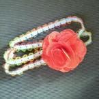 №105 ヘッドバンド 赤いお花