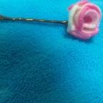 花のピンとめ