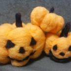 羊毛フェルトでハロウィンかぼちゃ