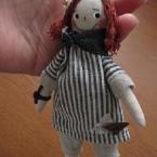 小さいお人形