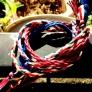 刺繍糸で作るミサンガ
