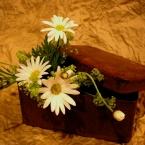 ノスタルジックな花飾り