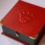 王冠チャームの箱