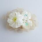 花あみルームで作る リボンのコサージュ