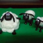 羊のショーン(粘土細工)