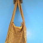 スカーフ2枚で簡単☆直線縫いバッグ