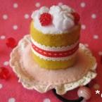 野いちごケーキのヘアゴム