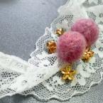 羊毛フェルト*お花の揺れるピアス