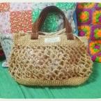ネット編みのかごバッグ
