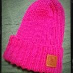 まっすぐ編んでぎゅーっ!簡単ニット帽
