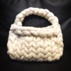 超極太毛糸(Bicky)で編むふわもこバッグ
