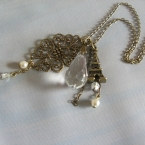 エッフェル塔モチーフのネックレス