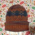 編み込み模様の帽子