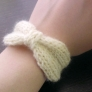 毛糸のブレスレット-りぼん