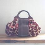 フランスのゴブラン風生地を使ったバッグ