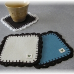 フェルトのふち編みコースター