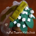 白い小花のヘッドドレス