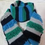 リング編みのモケモケマフラー