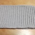 長編みと引き上げ編みだけの簡単ネックウォーマー