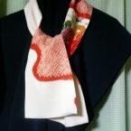 着物の残り布の縮緬スカーフ春模様