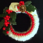 毛糸を使ったクリスマスリース