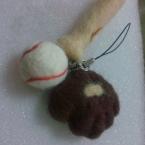 羊毛フェルト 野球マスコットストラップ