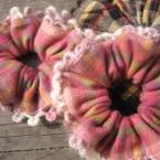 縁編み付きシュシュ