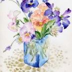 青い花瓶のパンジー