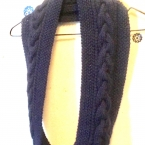 かのこ編みと太ケーブルのスヌード