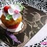 お花のカップケーキ