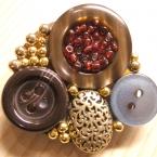 ●ボタンのブローチ2●