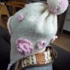 耳あて付きニット帽 コサージュ付き 赤ちゃん用