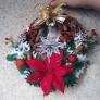 100均材料と木の実のクリスマスリース