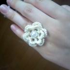 お花モチーフのリング