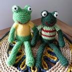 ケロッケロ!編みぐるみのカエル♪
