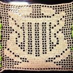 方眼レース編み[竪琴に絡む蛇]