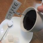 100均のものだけで作る、飲めないコーヒー(動画)