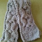 もこもこ模様編みマフラー