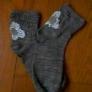 リメイク/かかとが薄くなった靴下に花刺繍