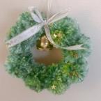 ポンポンで作る!かわいいクリスマスリース☆