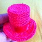 ハットのヘアアクセサリー かぎ針編み